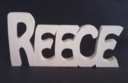 PERSONALISED WOODEN NAMES/LETTERS/FREESTANDING/GIFT/HOME